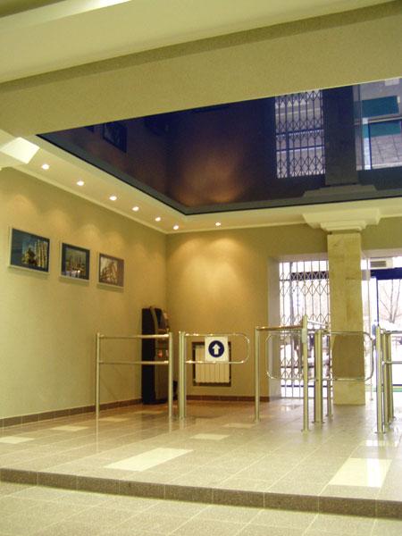 Elegáns recepció beléptető kapu